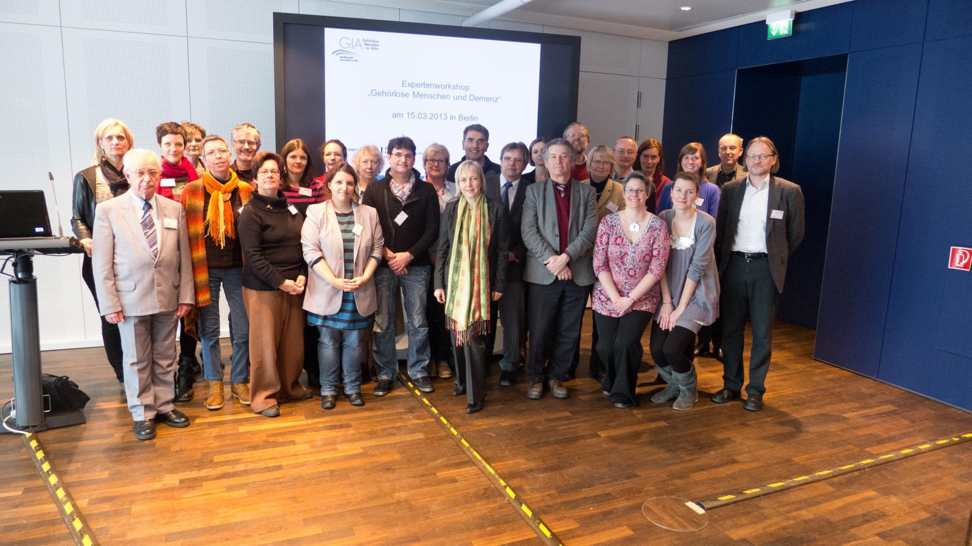 Gruppenbild der Teilnehmer